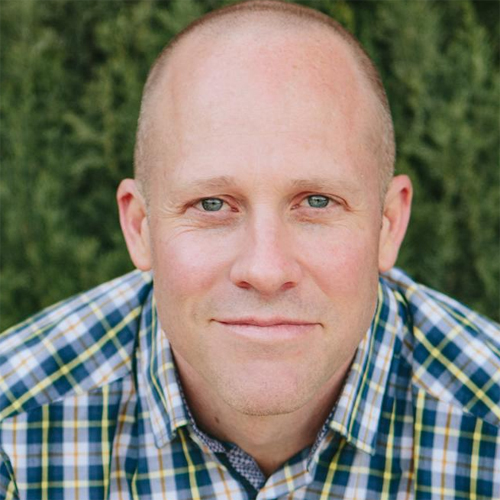 Jon Vroman: How to Put Your Family First and Master the Art of Moment-Making